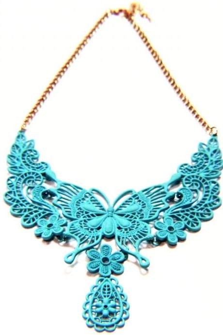 Delicate Butterfly Flower Textured Choker Necklace
